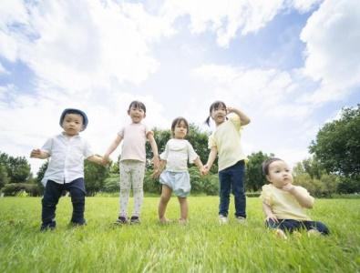 駅徒歩1分の保育園|京都市伏見区|派遣のお仕事